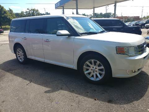2009 Ford Flex for sale at Metro Auto Broker in Inkster MI