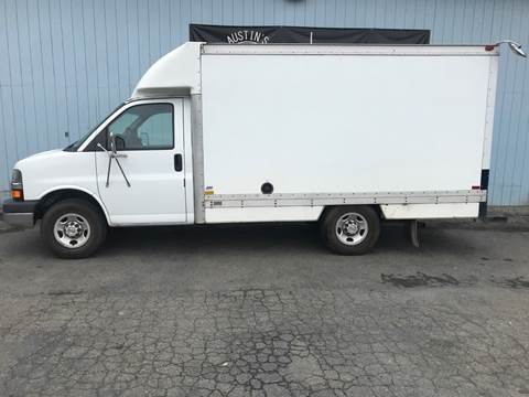2004 Chevrolet Express Cutaway for sale in Edgewood, WA