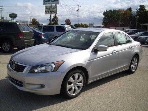 2009 Honda Accord for sale at Chris Nacos Auto Sales in Derry NH