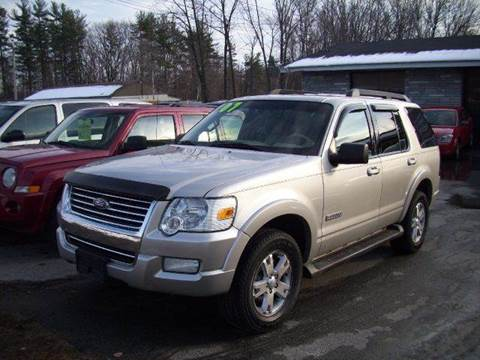 2007 Ford Explorer for sale at Chris Nacos Auto Sales in Derry NH
