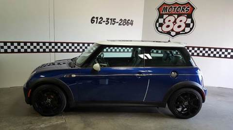 2004 MINI Cooper for sale at MOTORS 88 in New Brighton MN