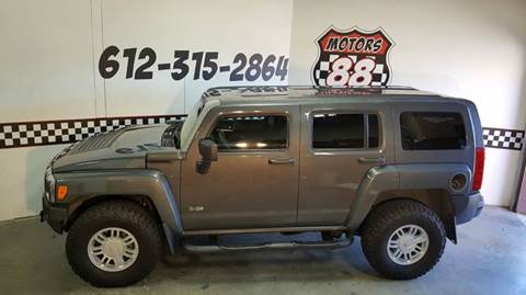 2009 HUMMER H3 for sale at MOTORS 88 in New Brighton MN
