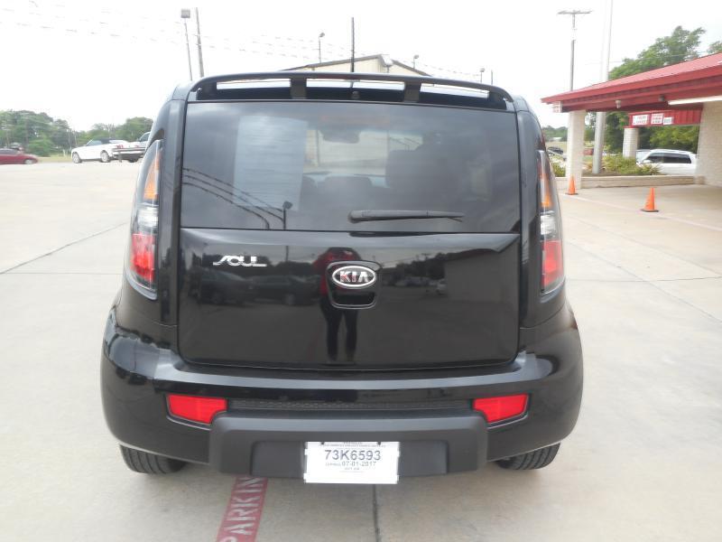 2011 Kia Soul + 4dr Wagon 4A - Lake Worth TX