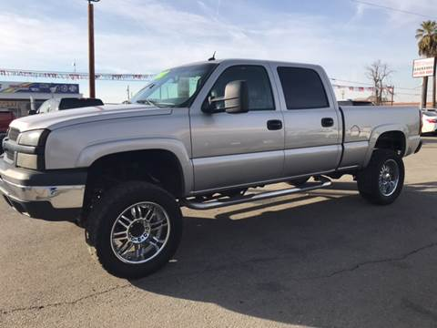 2004 Chevrolet Silverado 2500 for sale at First Choice Auto Sales in Bakersfield CA