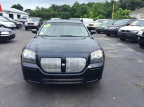 2005 Dodge Magnum for sale at Sandy Lane Auto Sales and Repair in Warwick RI