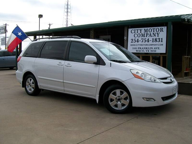 2008 Toyota Sienna for sale at CITY MOTOR COMPANY in Waco TX
