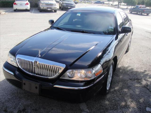 2006 Lincoln Town Car Signature Limited 4dr Sedan In George S