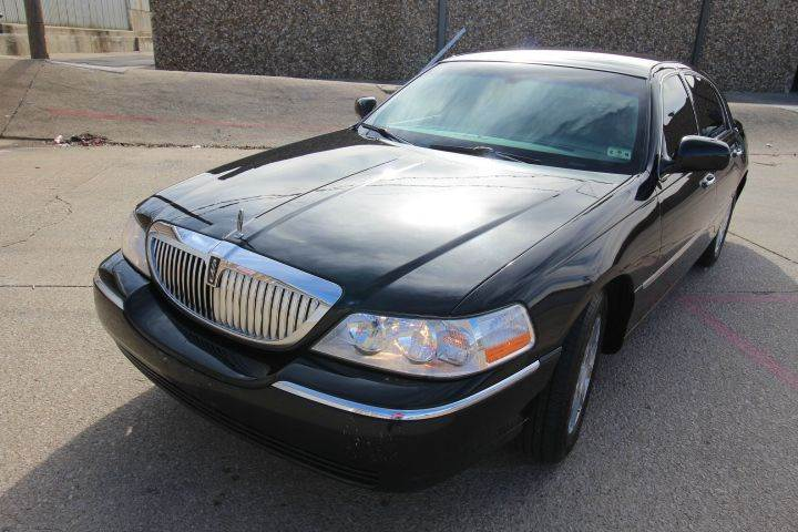 2010 Lincoln Town Car Signature Limited 4dr Sedan In Dallas Tx