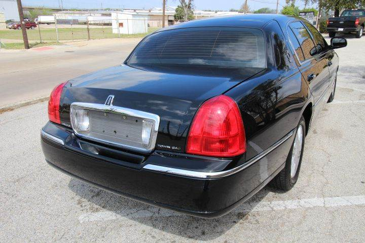 2010 Lincoln Town Car Executive L 4dr Sedan In Dallas Tx George S
