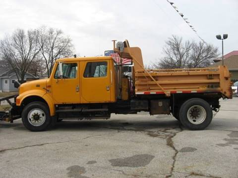 2000 International 4900 for sale in Perry, IA