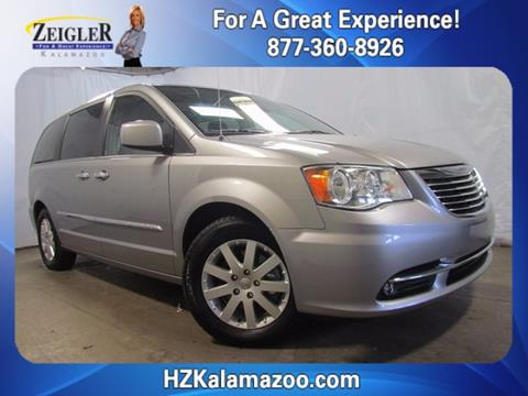2015 Chrysler Town and Country for sale in Kalamazoo, MI