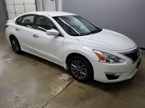 2015 Nissan Altima for sale at Mulder Auto Sales in Portage MI
