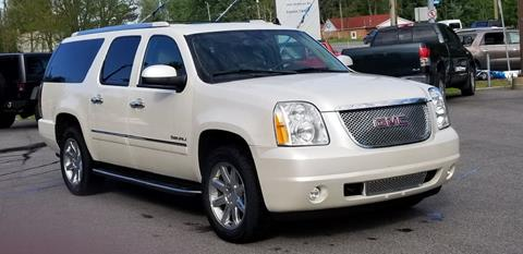 2011 GMC Yukon XL for sale in Madison, OH