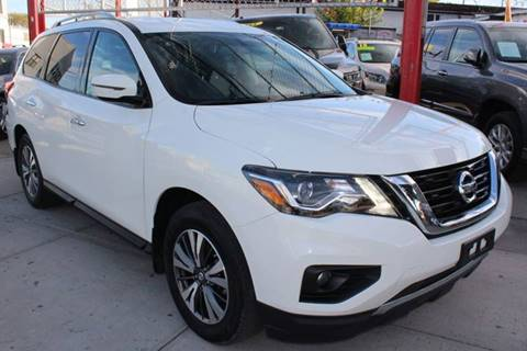 2017 Nissan Pathfinder for sale in Jamaica, NY