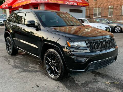 2017 Jeep Grand Cherokee for sale at LIBERTY AUTOLAND INC in Jamaica NY