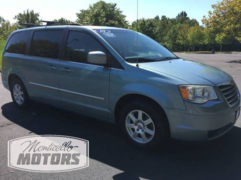 2010 Chrysler Town and Country for sale in Charlottesville, VA