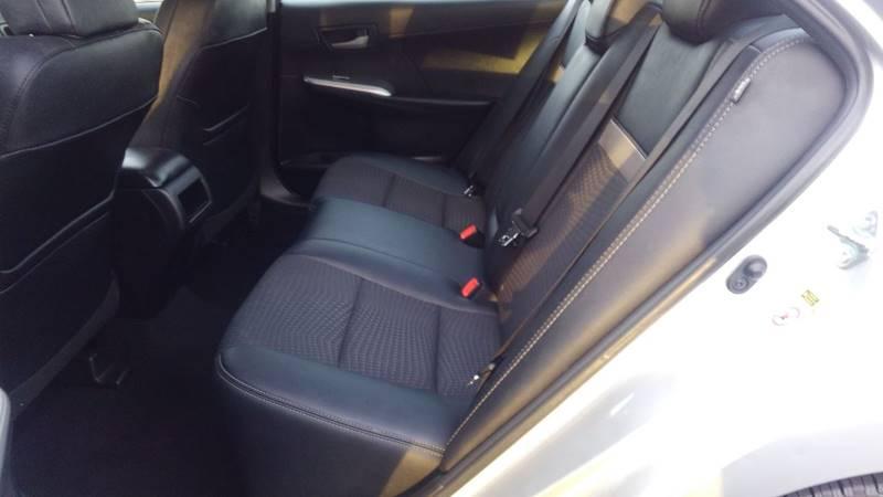 2013 Toyota Camry SE 4dr Sedan - Charlottesville VA
