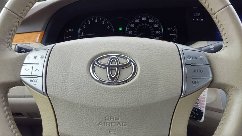 2007 Toyota Avalon XLS 4dr Sedan - Charlottesville VA