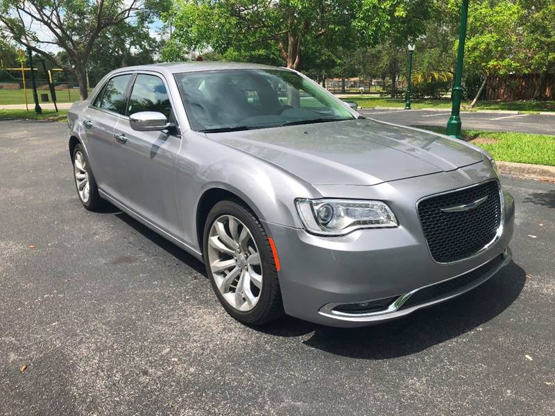 first drive chrysler limited cars dashboard review