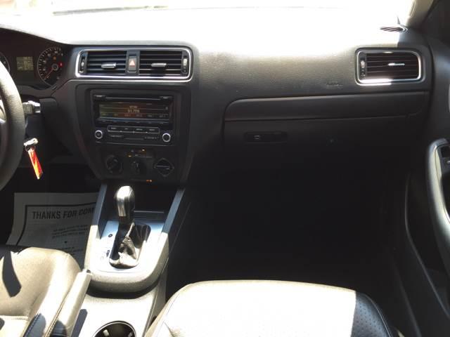 2014 Volkswagen Jetta SE PZEV 4dr Sedan 6A - Fort Wayne IN