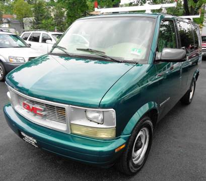 2000 GMC Safari for sale in Newark, NJ