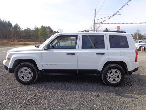 2014 Jeep Patriot for sale at Upstate Auto Sales Inc. in Pittstown NY