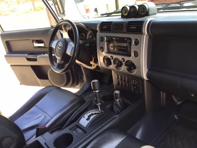 2010 Toyota FJ Cruiser 4x4 4dr SUV 5A - Mineola TX
