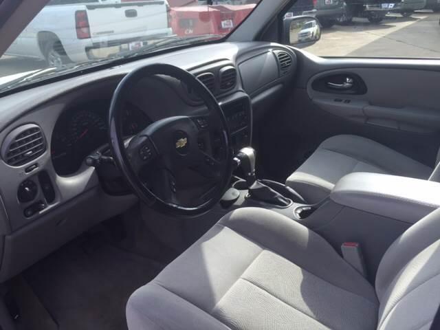 2005 Chevrolet TrailBlazer LT 4WD 4dr SUV - Mineola TX