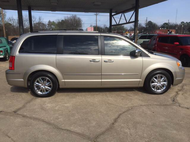 2008 Chrysler Town and Country Limited 4dr Mini-Van - Mineola TX