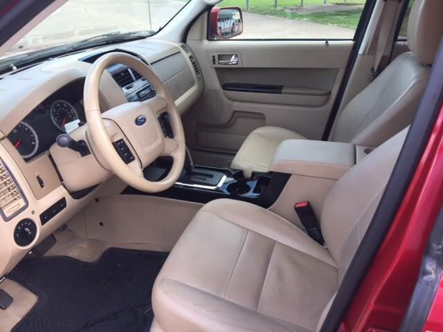 2011 Ford Escape Limited 4dr SUV - Mineola TX
