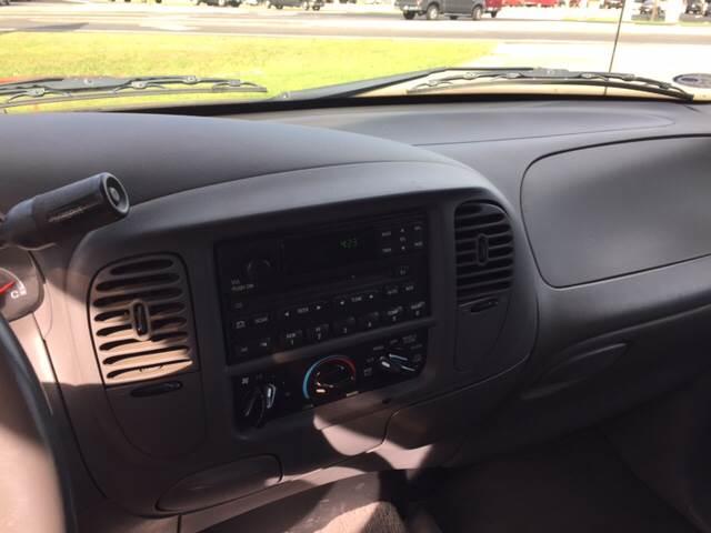 2002 Ford F-150 4dr SuperCrew XLT 2WD Styleside SB - Mineola TX