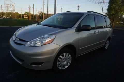 2006 Toyota Sienna for sale in Nashville, TN