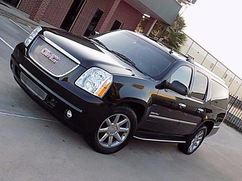 2011 GMC Yukon XL for sale in Houston, TX
