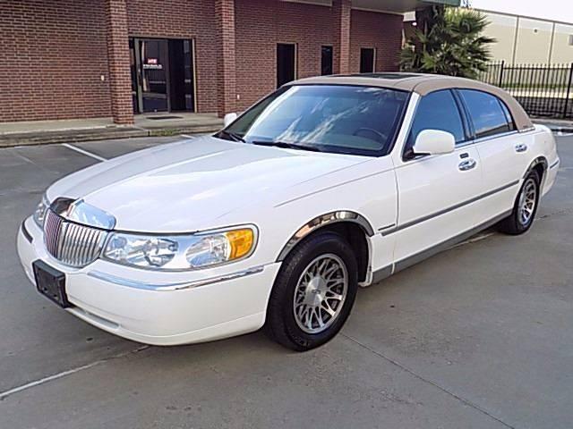 2001 Lincoln Town Car Signature 4dr Sedan In Houston Tx Texas