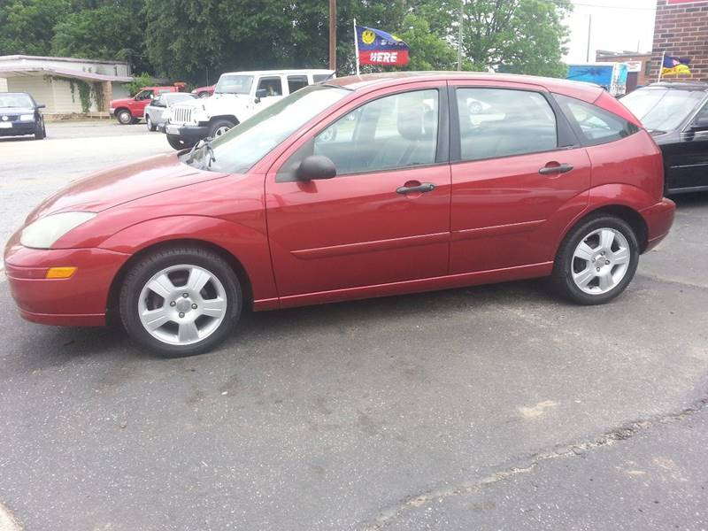 2003 Ford Focus Zx5 4dr Hatchback In Hickory Nc Buy It Right Auto