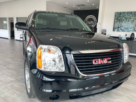 2011 GMC Yukon XL SLE 1500 for sale at Evolution Autos in Whiteland IN