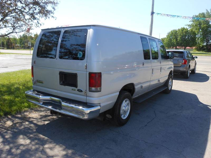 2009 Ford E-Series Cargo E-350 SD 3dr Cargo Van - Williamson NY