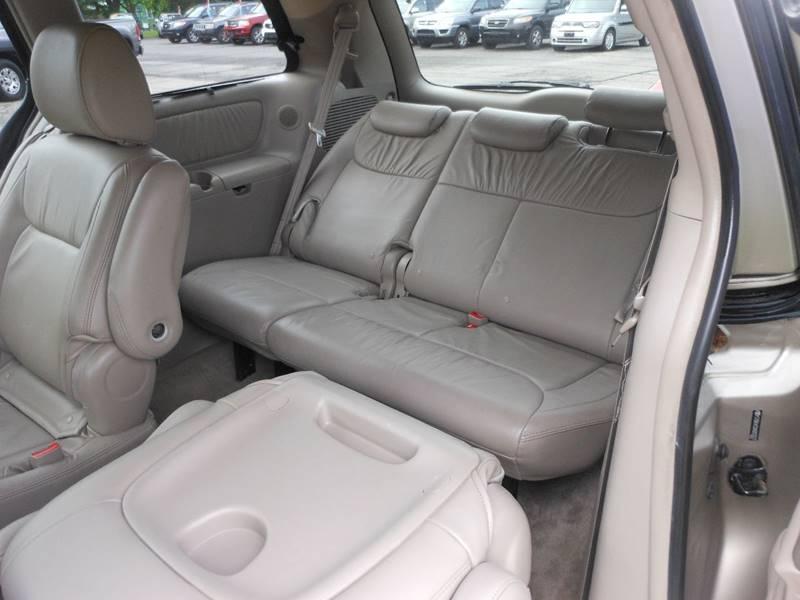 2010 Toyota Sienna AWD XLE 7-Passenger 4dr Mini-Van - Williamson NY