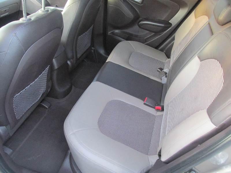 2011 Hyundai Tucson GLS 4dr SUV - Charlotte NC