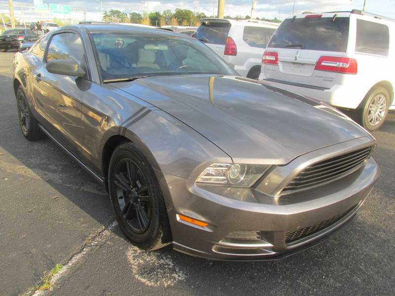 2014 Ford Mustang V6 2dr Coupe - Charlotte NC
