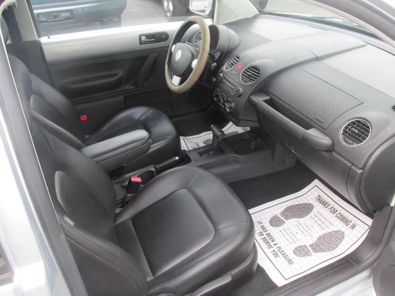 2008 Volkswagen New Beetle S PZEV 2dr Hatchback 6A - Charlotte NC