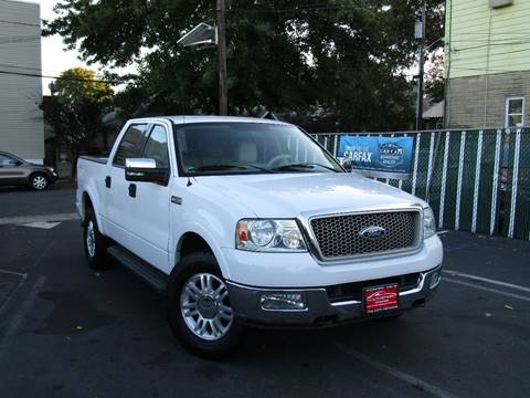 2004 Ford F-150 for sale at The Auto Network in Lodi NJ