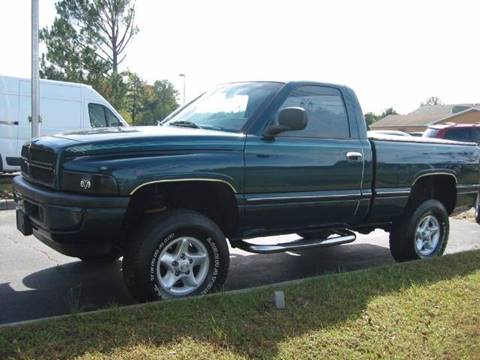 1998 Dodge Ram Pickup 1500 for sale at HL McGeorge Auto Sales Inc in Tappahannock VA