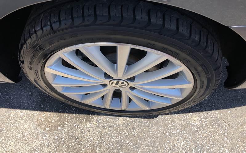 2011 Volkswagen Jetta SEL 4dr Sedan 6A w/ Sport Package In Tampa FL - Kings Auto Group