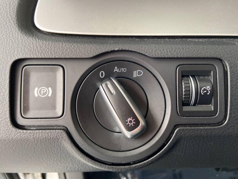 2011 Volkswagen CC Sport 4dr Sedan 6A - Tampa FL