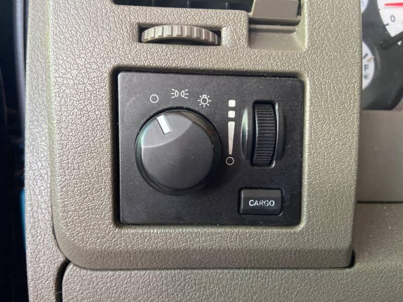 2006 Dodge Ram Pickup 1500 ST 2dr Regular Cab LB - Tampa FL