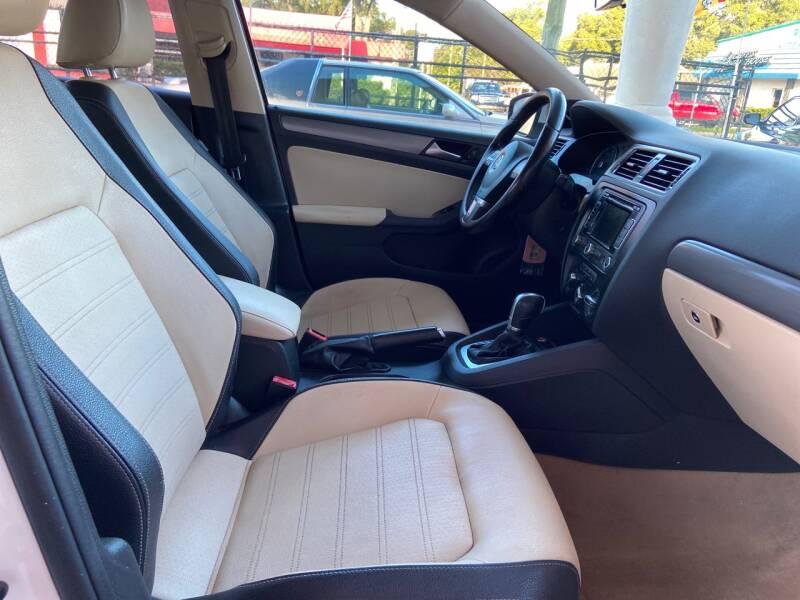 2012 Volkswagen Jetta SEL Prem 4dr Sedan - Tampa FL