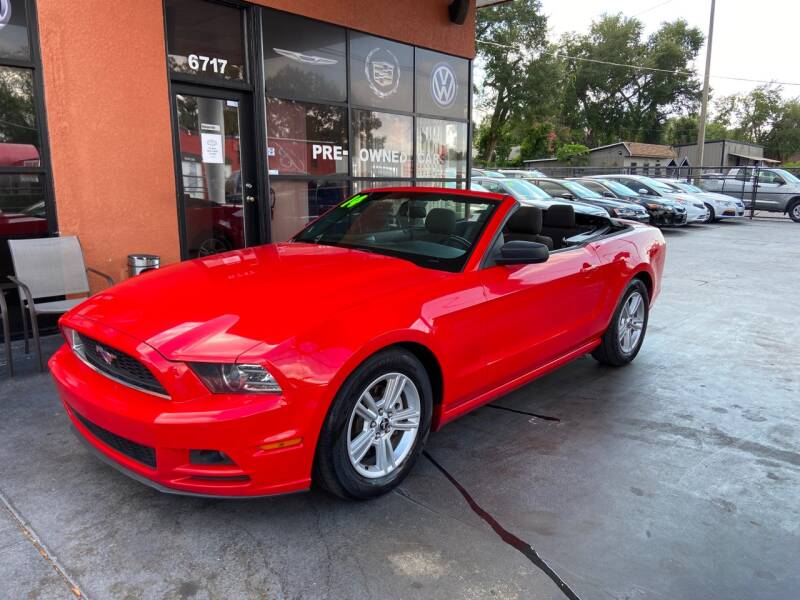2014 Ford Mustang V6 Premium 2dr Convertible - Tampa FL