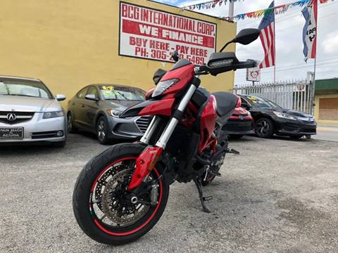2017 Ducati Hypermotard for sale in Miami, FL