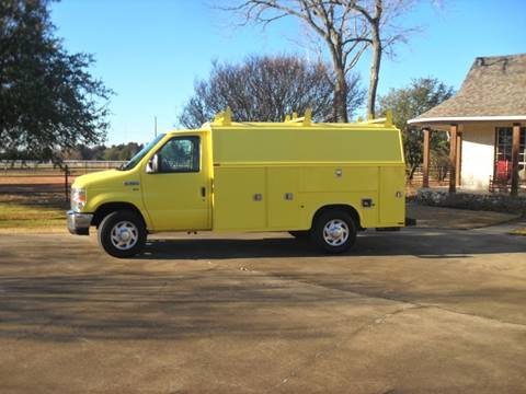 2013 Ford E-Series Chassis for sale in Cedar Hill, TX
